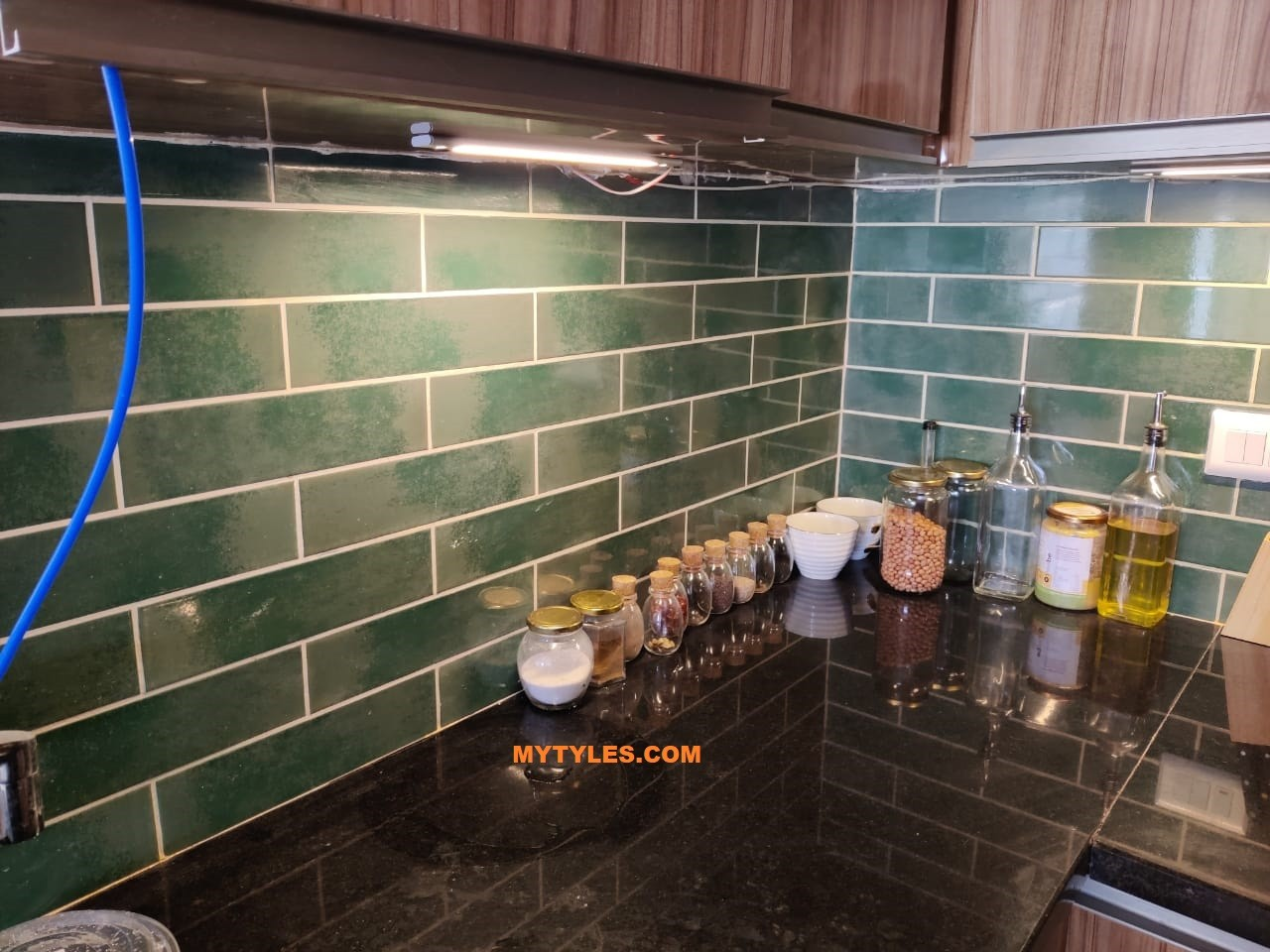 * Imported Subway Tile - Reality Palm